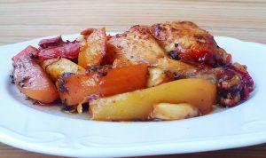 Κοτόπουλο με λαχανικά και πατάτες